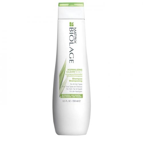Балансиращ шампоан за всеки тип коса 250 мл Matrix Biolage Normalizing CleanReset Shampoo